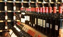 Kinh doanh rượu có độ cồn từ 5,5 độ trở lên phải có giấy phép