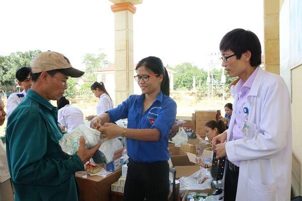 cung cấp thuốc khắc phục mùa mưa lũ