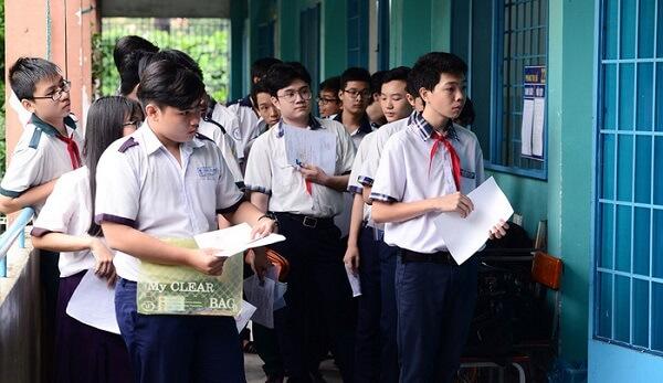 nộp hồ sơ nhập học lớp 10 tại Hà Nội