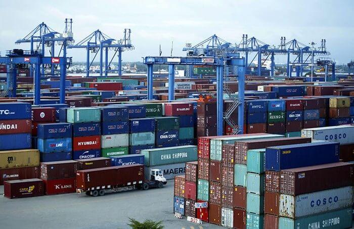 hàng hóa nhập khẩu miễn thuế