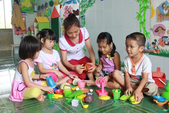 miễn học phí cho trẻ mầm non 5 tuổi