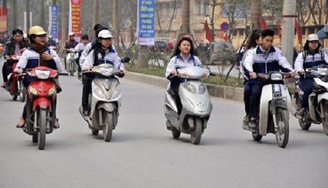 Xử lý người vi pham luật giao thông là vị thành niên
