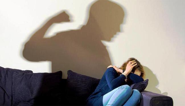 Phụ nữ cần phải làm gì khi chồng thường dùng bạo lực?