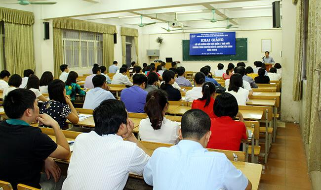 Điều kiện được cử đi học cao học dành cho công chức
