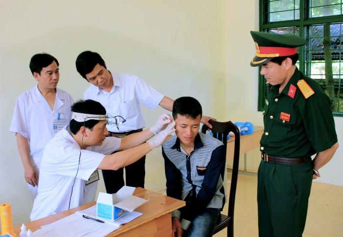 khám nghĩa vụ quân sự