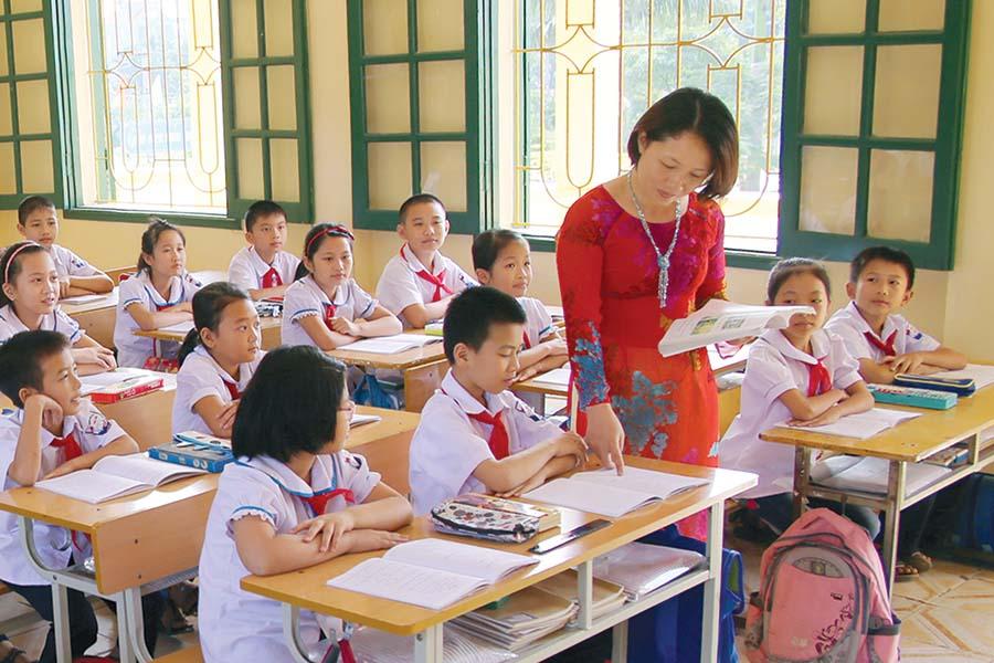phụ cấp ưu đãi cho giáo viên công lập