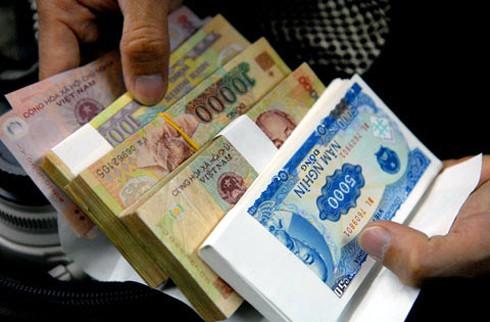 đổi tiền lẻ bị phạt
