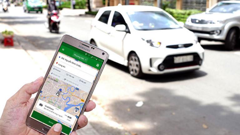 Những quy định tài xế taxi công nghệ cần biết từ ngày 01/4 tới